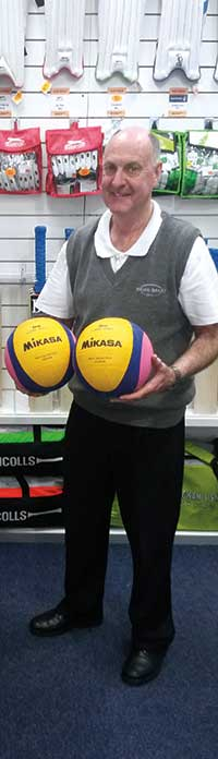 Volleyball & water polo balls | Selling tips | Brian Bands Sports